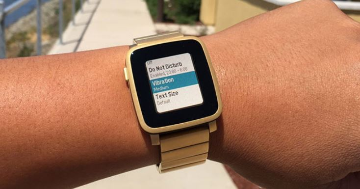 smartwatch pebble time steel dorado